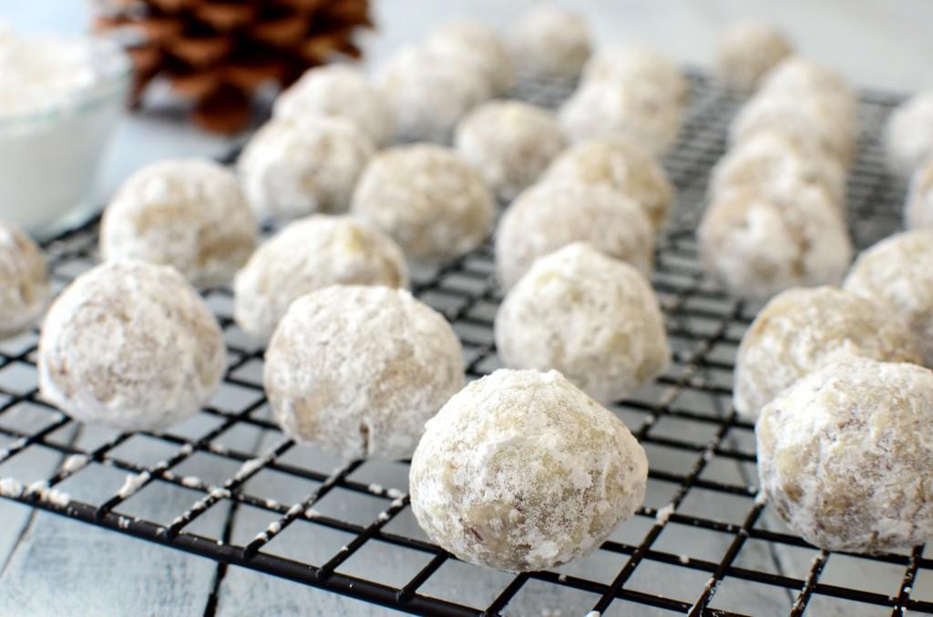 pecan snowballs 1