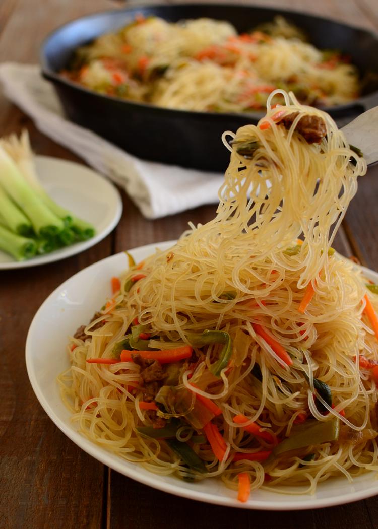 how to make pancit filipino dish